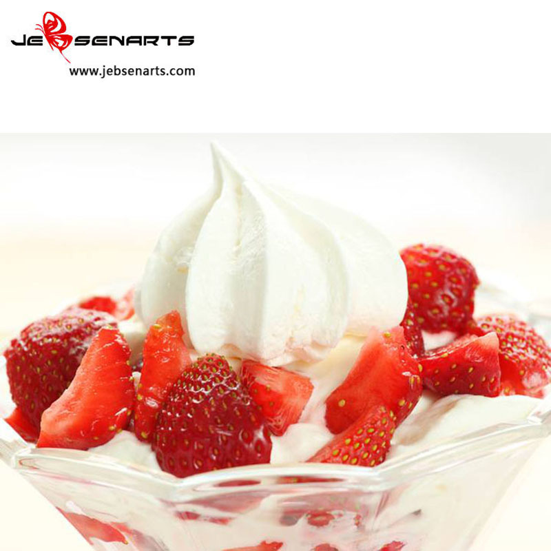 Creamstrawberry